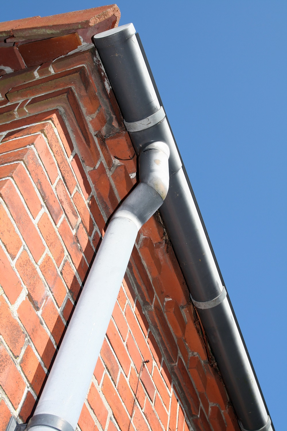 guttering repair in Faringdon and Swindon